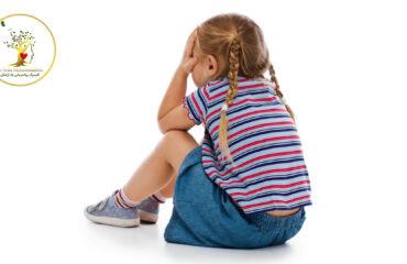 با توقع توجه بیش از حد کودک چگونه برخورد کنیم؟
